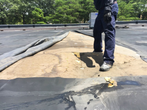 5When Commercial Roofs Fail